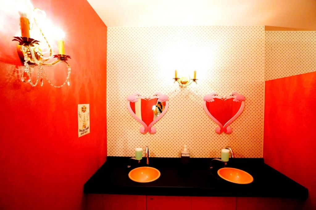 イワンコフ・トイレ