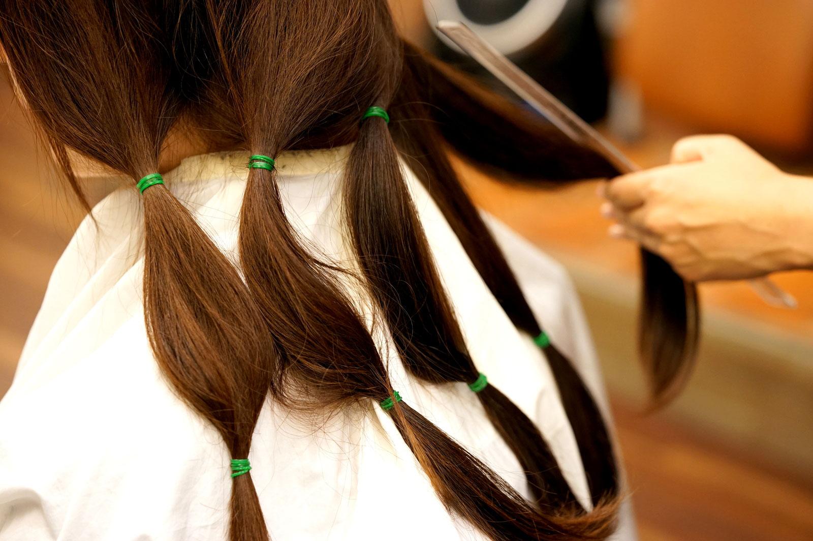 髪の寄付をするため初めてのお手伝い【ヘアドネーション編】